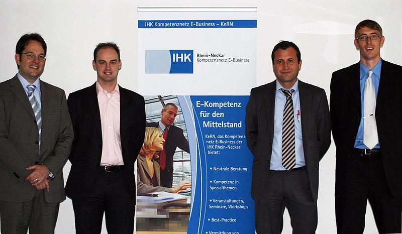 Referenten und Veranstalter des IHK-Vortrags