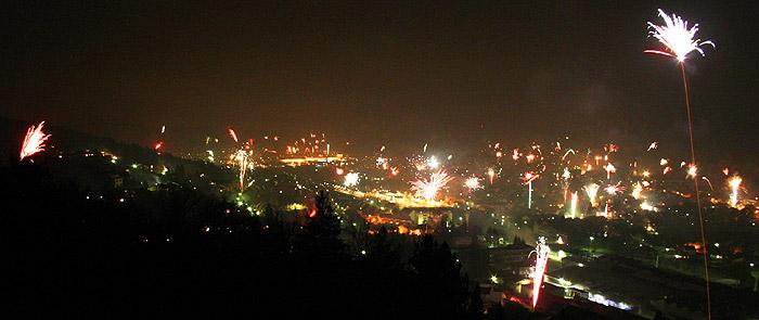 Feuerwerk über Mosbach - Ortsteile Neckarelz und Diedesheim